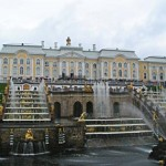 ru-saint-petersburg-03-380x285-peterhof-palace